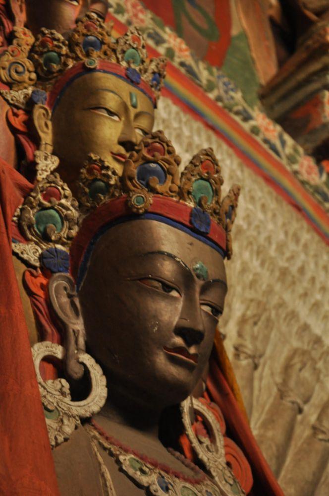Statue du bodhisattva monastère architecture Ladakh