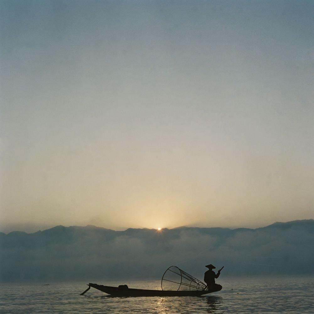 Voyage Photo en Birmanie : pirogue sur le lac Inle