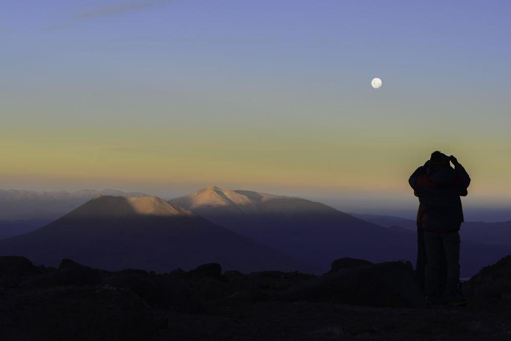 Couché de soleil depuis le camp 1 du Llullaillaco, Argentine