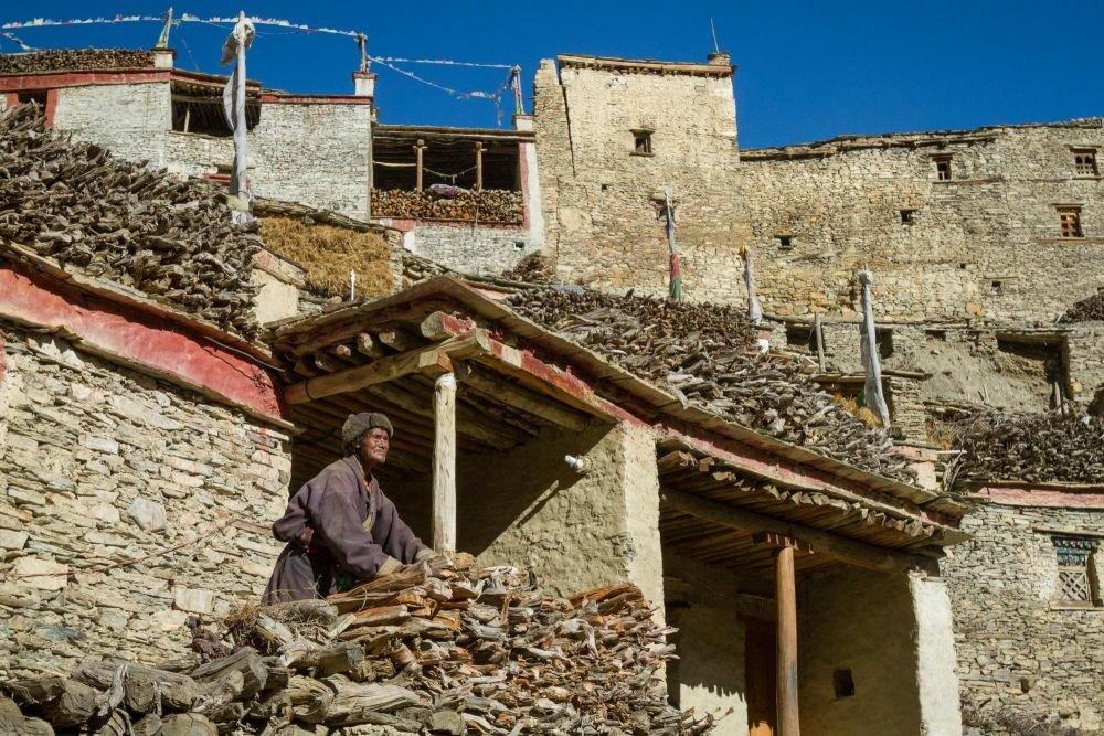 Rencontre au village tibétain de Phu, Népal