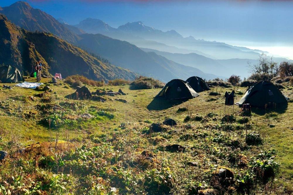 Campement lors de ce trek au Népal au lever du jour