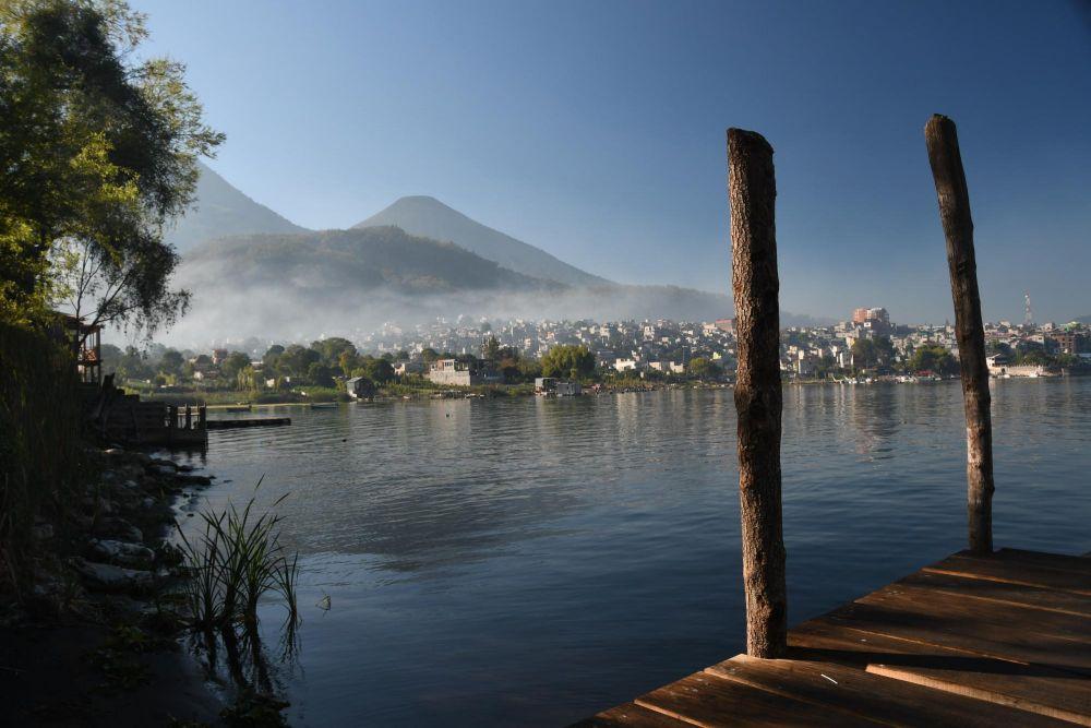 ponton sur le lac Atitlan, Santiago de Atitlan