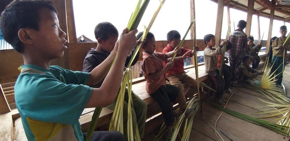 préparation du festival Aoling Monyu