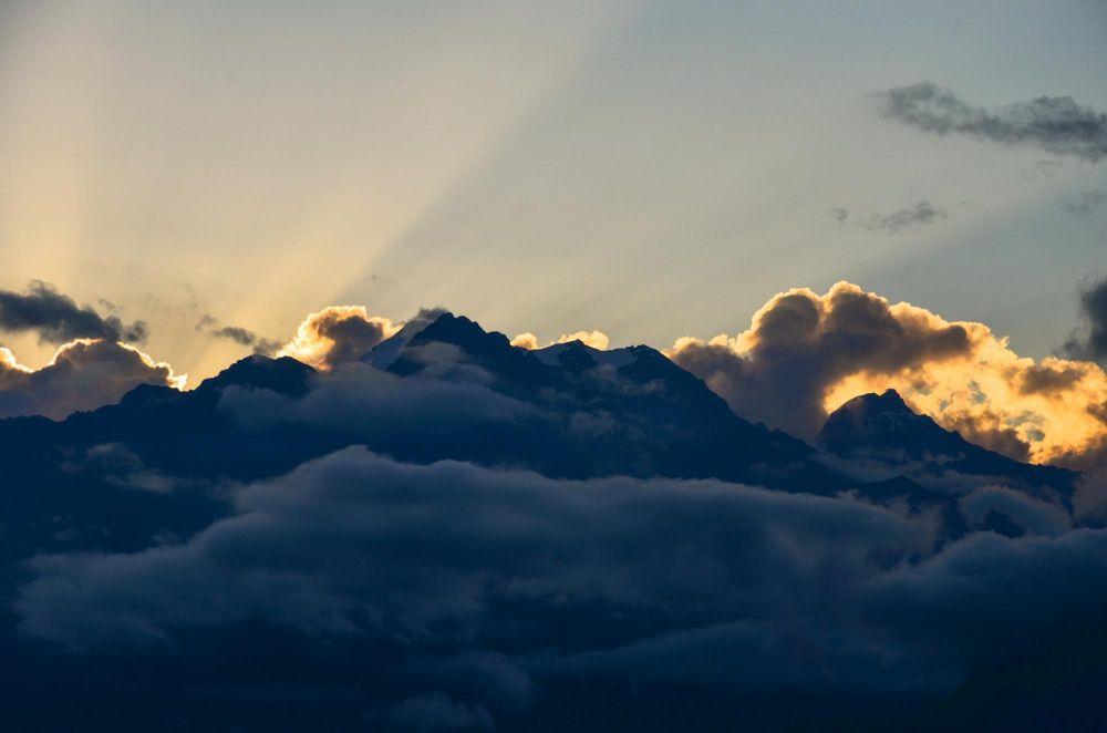 lever de soleil sur la cordillère des Andes, Trek de Choquequirao, Pérou