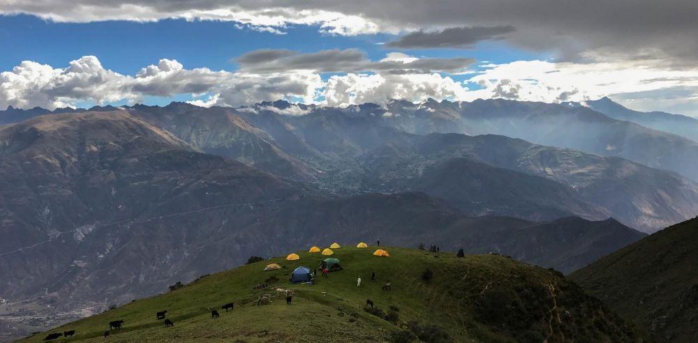Campement à Huischcash , Cordillère Blanche, Pérou
