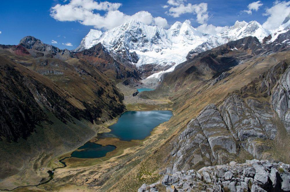Lagunes et Jauacocha et Sotteracocha au pied du Jirishanca  (6094m)
