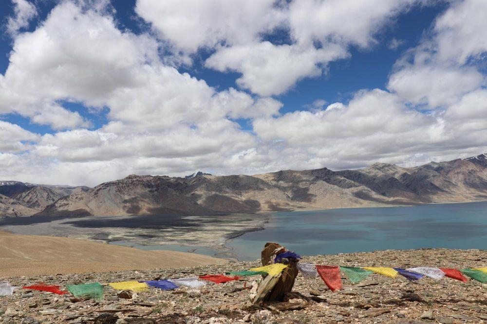 vue sur le lac Tso Moriri