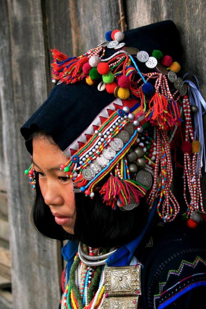 coiffe traditionnelle des ethnies du nord du Laos