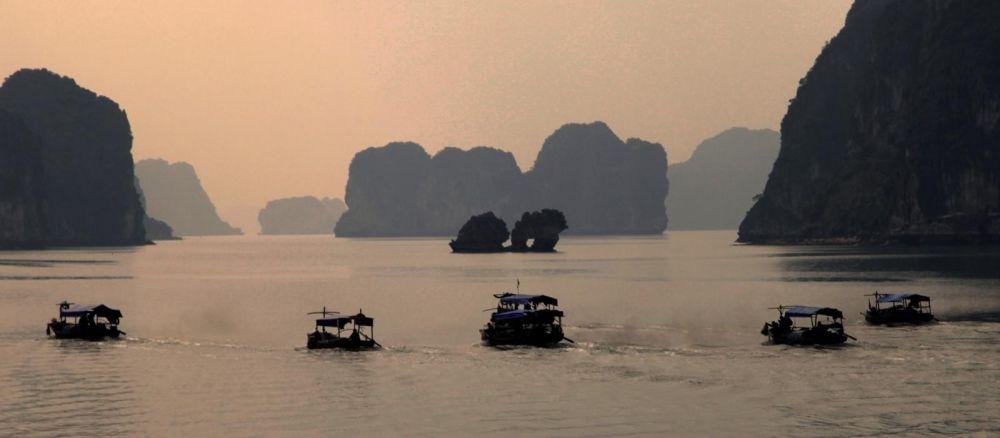 croisière sur la baie de Lan Ha