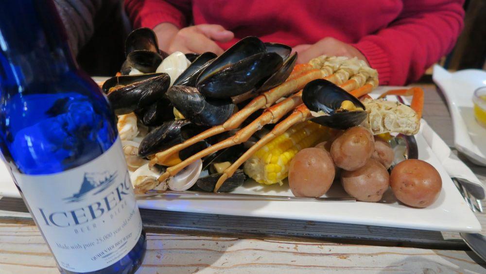 Repas de fruits de mer locaux