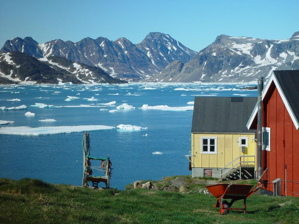 Maisons à Kulusuk au Groenland