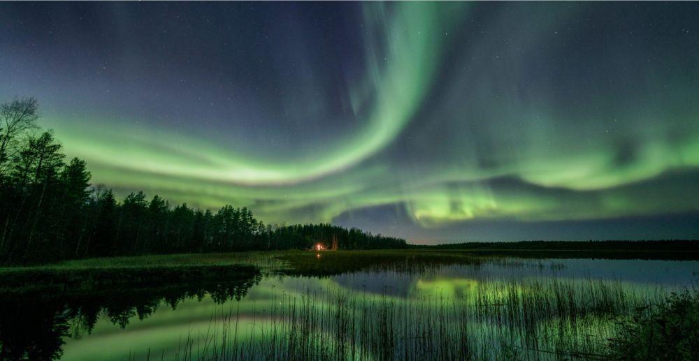 Aurore boréale à l'automne en Laponie finlandaise