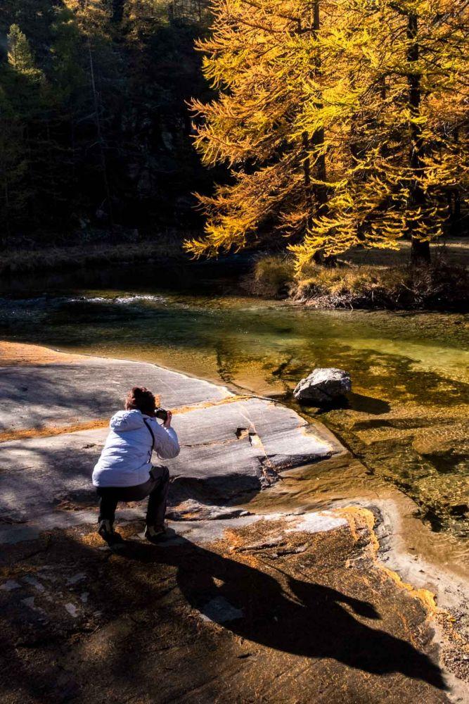 Stagiaire dans le Mercantour lors d'un stage photo à l'automne
