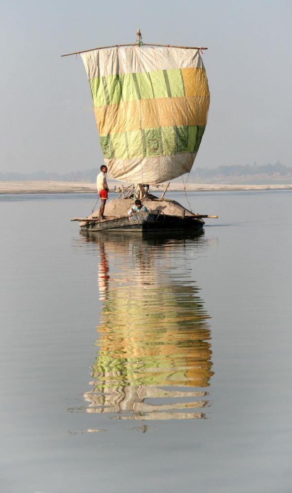 embarcation sur le Gange, Inde