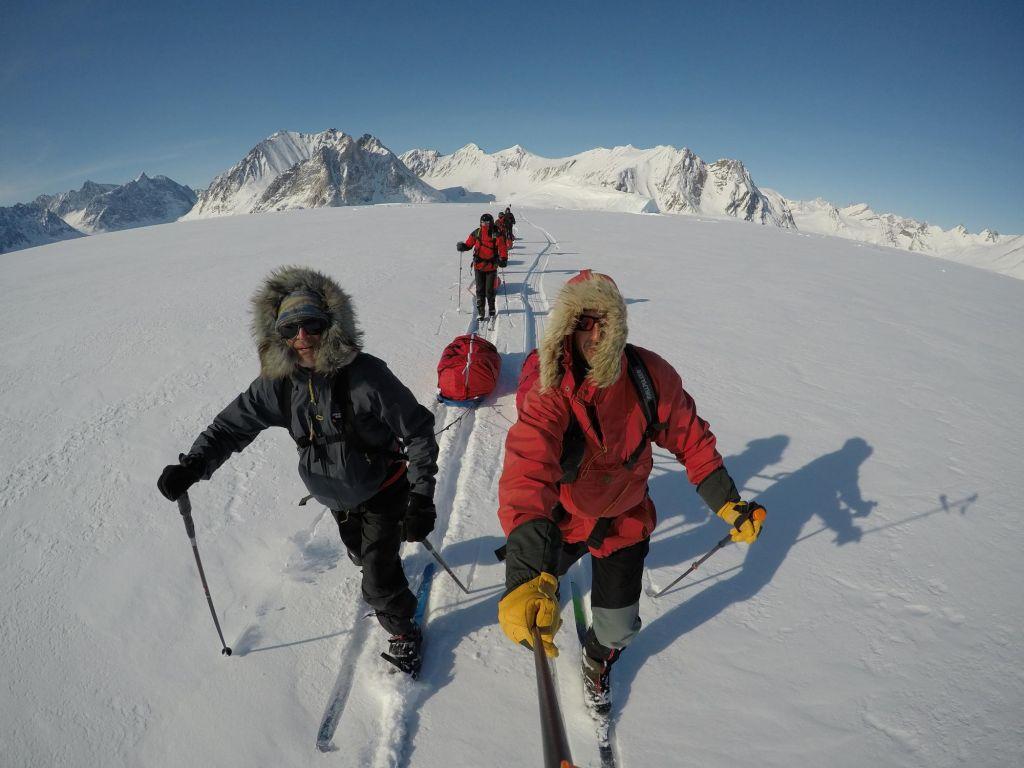 2 skieurs sur la banquise