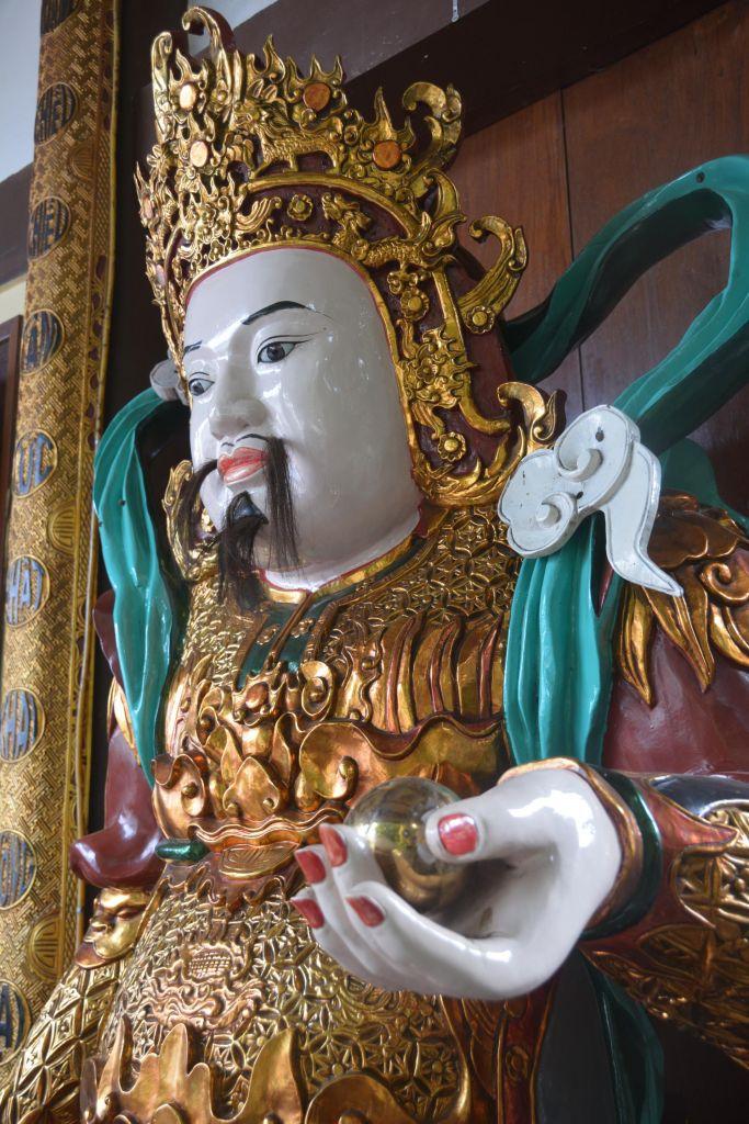 statue sacrée laotienne