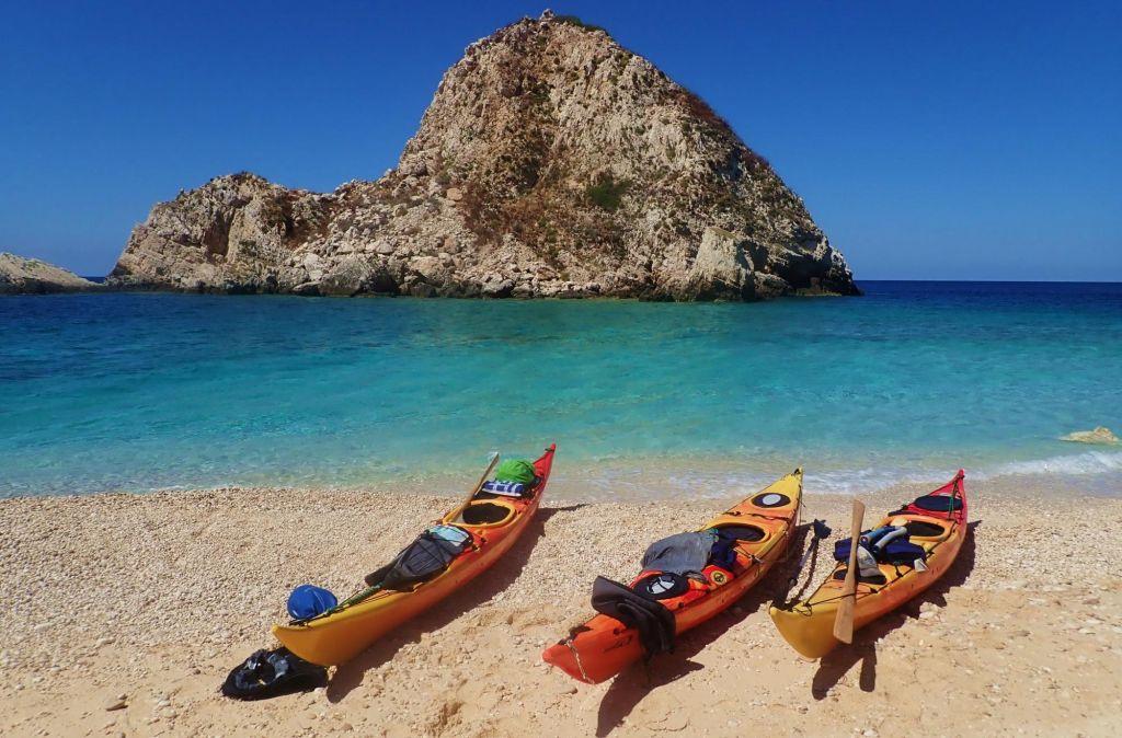 Itinérance en kayak de mer dans les îles ioniennes
