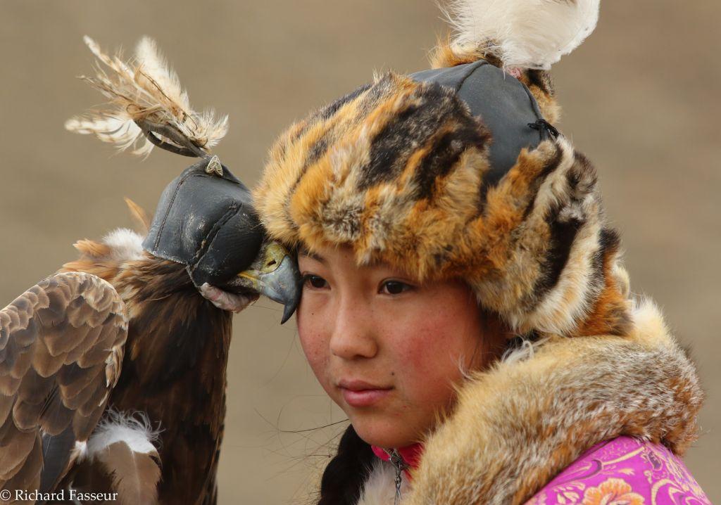 Chasseur kazakh et aiglier kazakh au festival des aigliers, en Mongolie