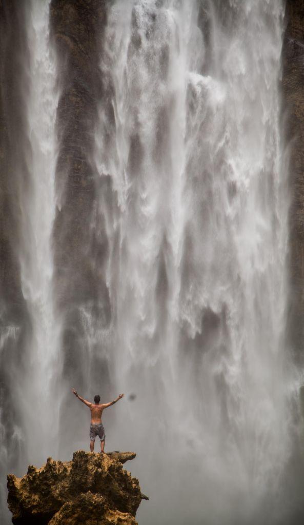 cascade en papouasie