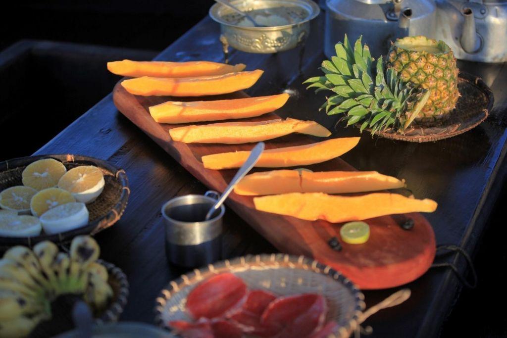 Fruits exotiques au repas